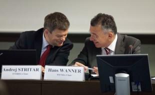 Hans Wanner, ENSI-Direktor und Andrej Stritar ENSREG-Vorsitzender am EU Stresstest Public Meeting, Brüssel