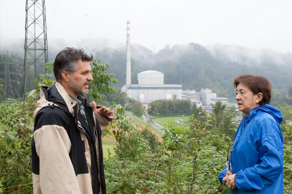 Yukiko Kada in Muehleberg - Aussichtspunkt nah